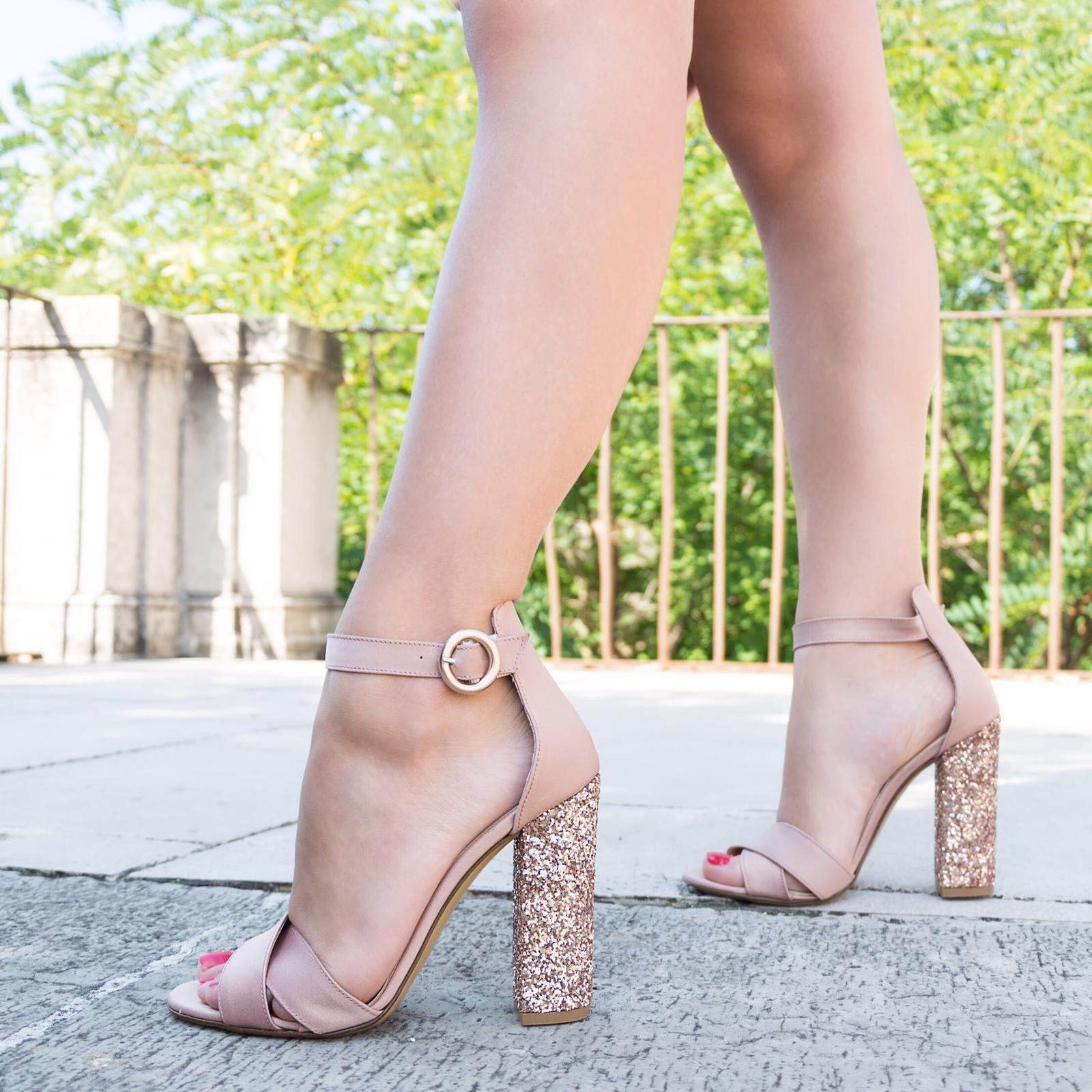 scarpe_tacchi_maison_de_parfum